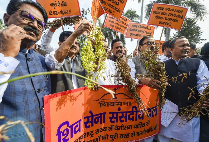 Sena hits out at BJP for 'making' its MPs sit in Oppn