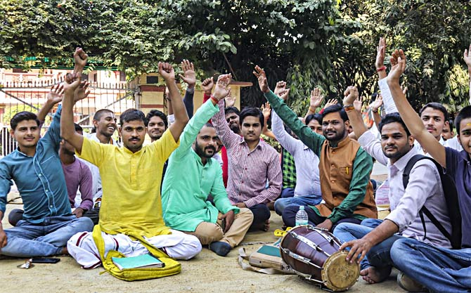 BHU Sanskrit department reopens, protests continue
