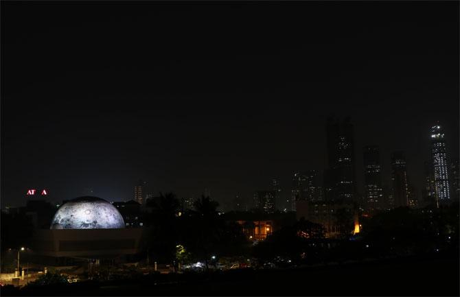 Mumbai's Nehru Planeterium gets a lunar dome