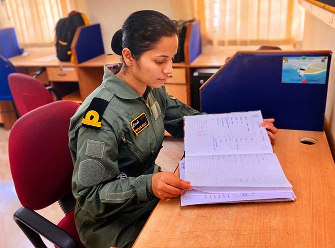 Sub Lieutenant Shivangi studied at the DAV school in Muzaffarpur, Bihar, and then engineering at the Manipal Sikkim University.