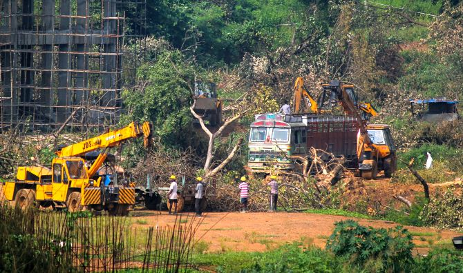 No stay on metro shed construction in Aarey: SC