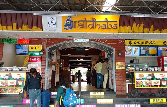 A food court provides meals, tiffin, snacks, tea and coffee. A cup of tea in an Indian Railways paper cup is a must! The station has a kids corner selling toys, a pharmacy, sanitary towel dispensing machine and a gaming zone.
