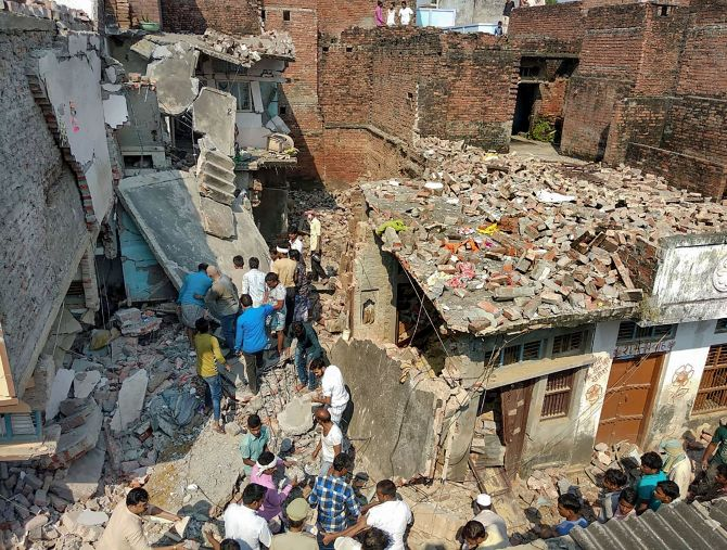 12 die in cylinder explosion in UP's Mau