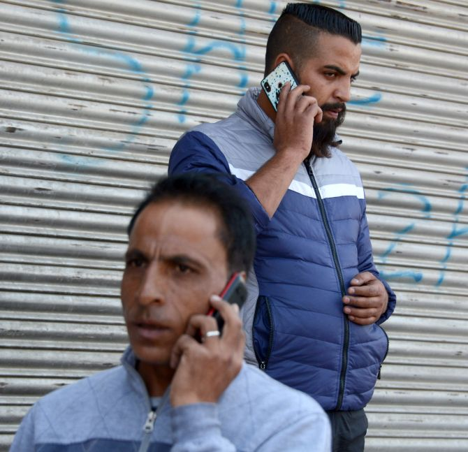SMS, voice calls restored on prepaid mobiles in J-K