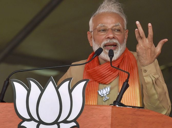 Cong spreading rumours about Art 370, punish it: Modi