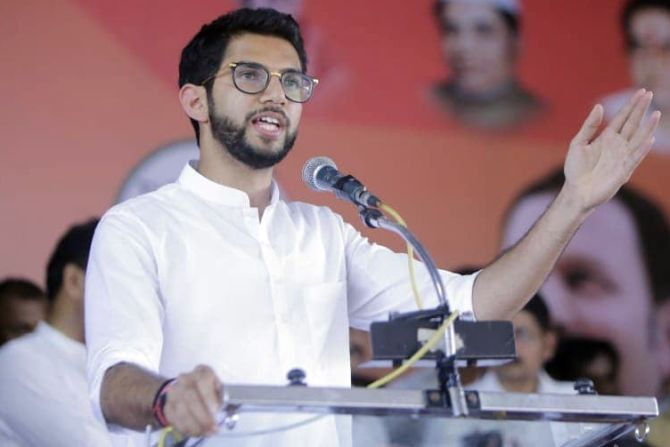 Aaditya gets 'Munnabhai's' backing in polls