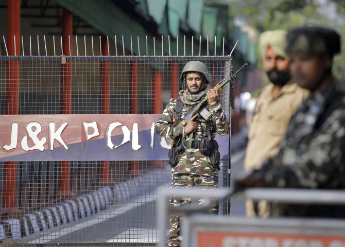 J-K political detenues shifted amid manhandling claim