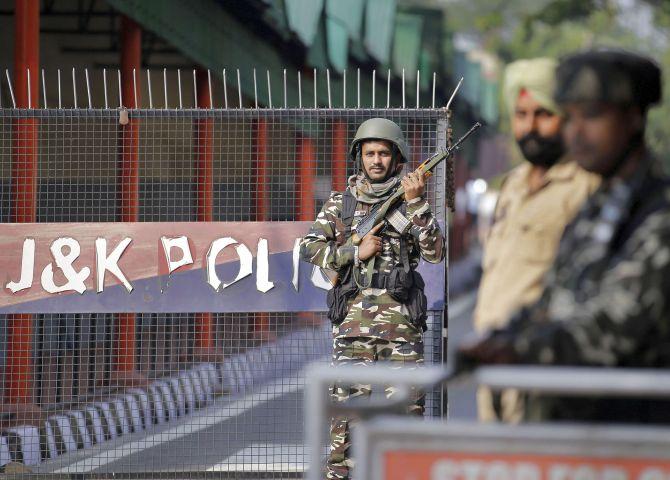 J-K political detenues shifted amid manhandling claim