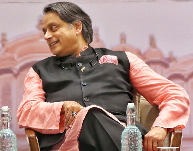 No difference with govt on PoK, but on 370: Tharoor