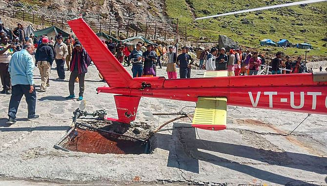 6 hurt after chopper crash-lands in Kedarnath