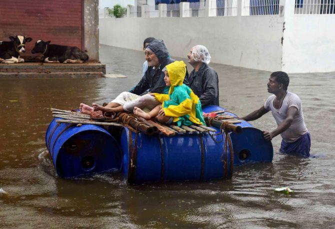 Union minister blames 'Nakshatra' for Bihar floods
