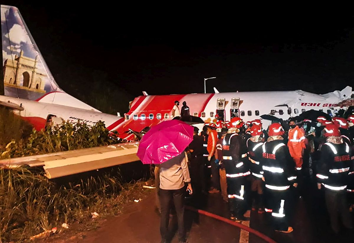 Miraculous escape for family of 5 on ill-fated plane