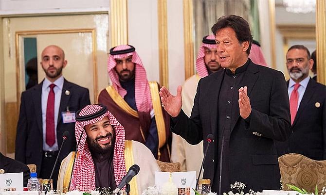 Pakistan Prime Minister Imran Khan and Saudi Arabian Crown Prince Mohammad bin Salman in Islamabad, February 18, 2019. Photograph: Kind courtesy Arab News/Twitter
