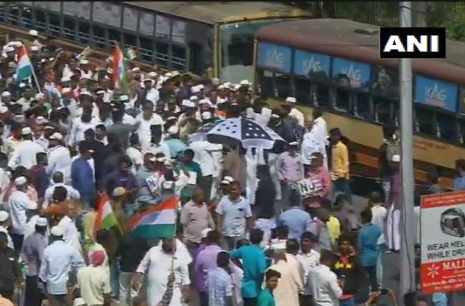 Anti-CAA protesters march to Tamil Nadu Secretariat