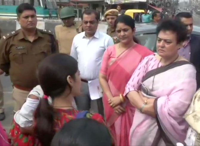 NCW chief visits riot-affected Jaffrabad