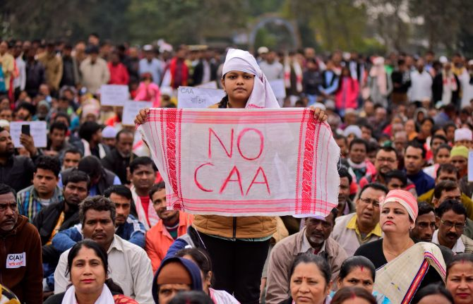 Go back to classrooms: Gavaskar on JNU protests