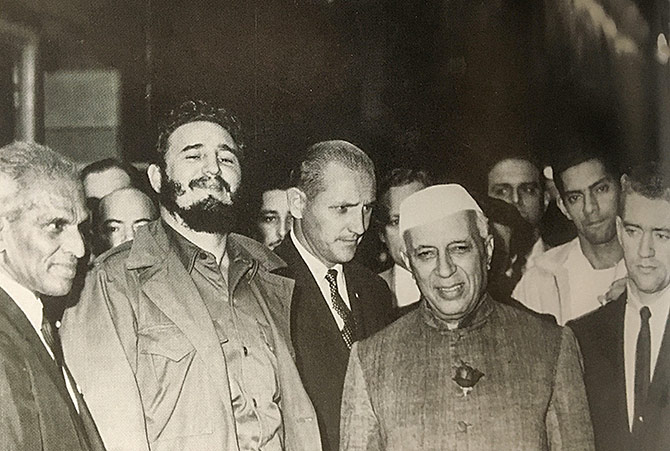Then prime minister Jawaharlal Nehru and V K Krishna Menon flank Cuban leader Fidel Castro. Photograph: Kind courtesy A Chequered Brilliance, The Many Lives of V K Krishna Menon