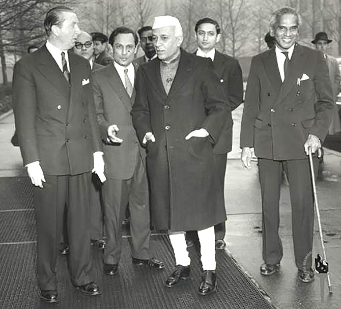 Were Nehru and Menon responsible for the 1962 defeat?