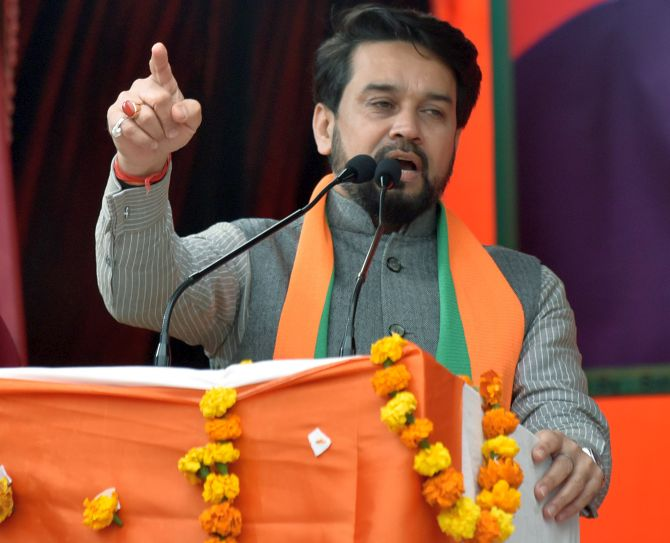 EC seeks report over Thakur's 'goli maaro' comment