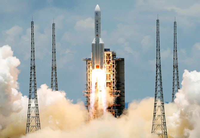 China silent on falling debris of its space rocket