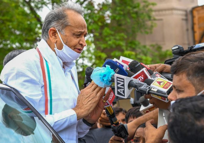 Misunderstanding should be forgiven, forgotten: Gehlot