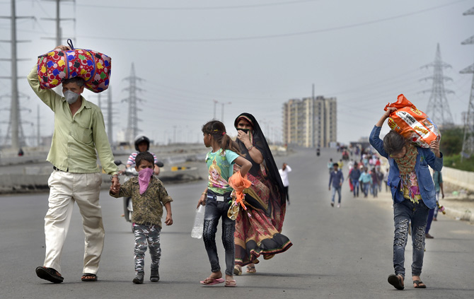 Noida admin mandates no rent from migrants for a month