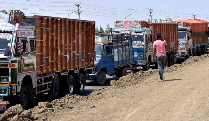 Home ministry wants states to ensure trucks' movement