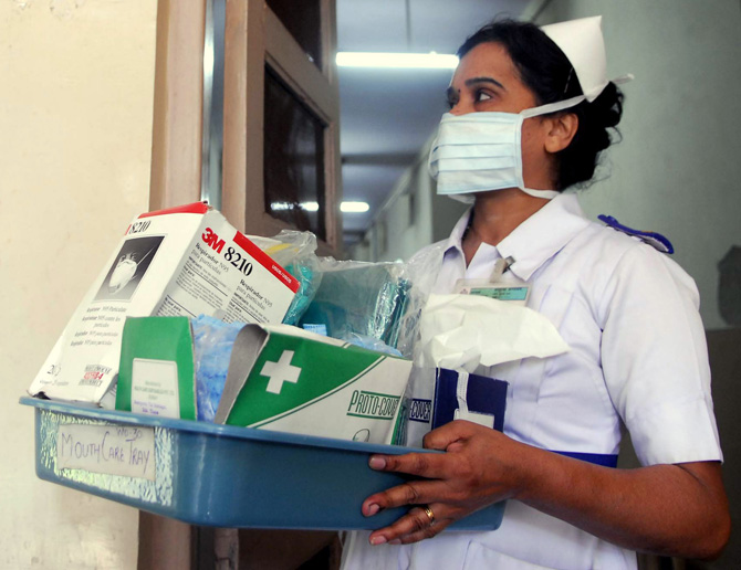 Nurse wearing mask