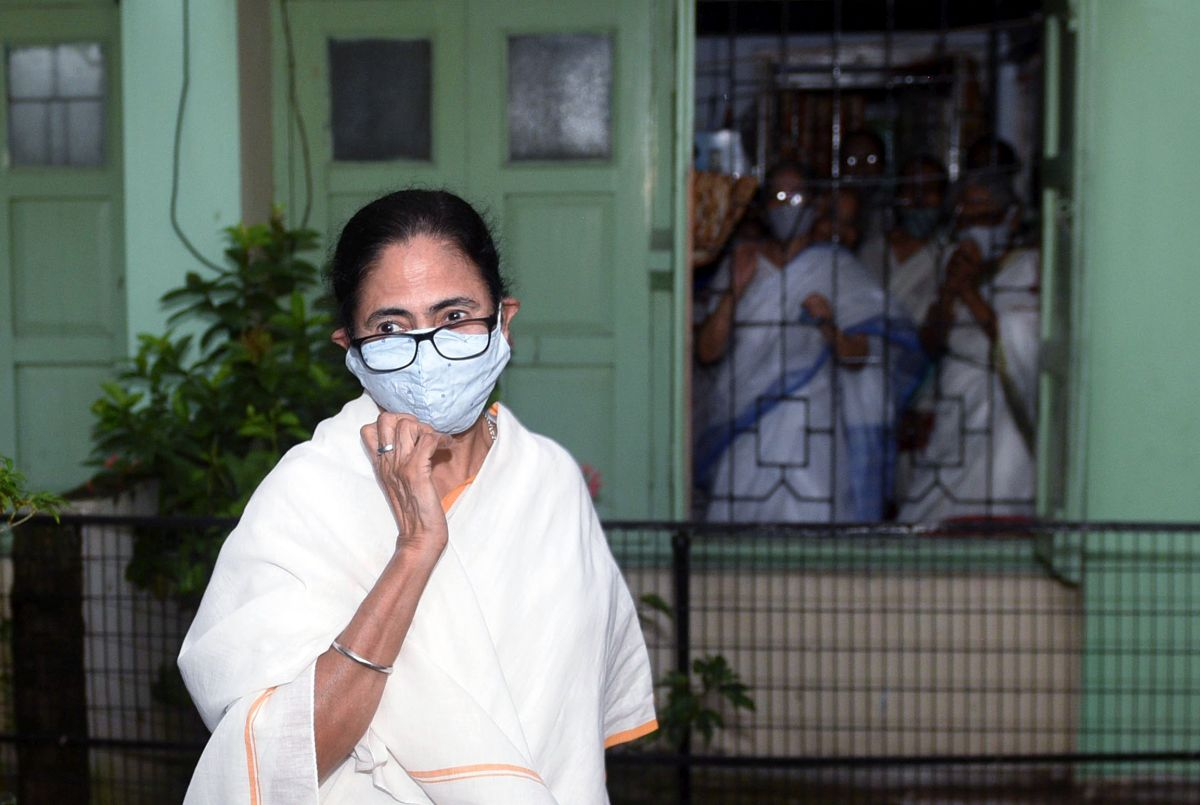 Discontent brewing in TMC ahead of Bengal polls