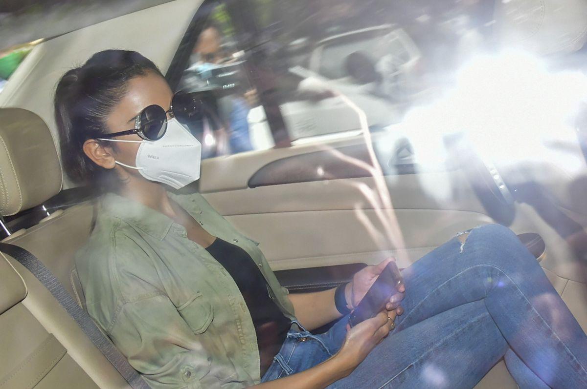 Rakul moves HC over media linking her to Rhea case