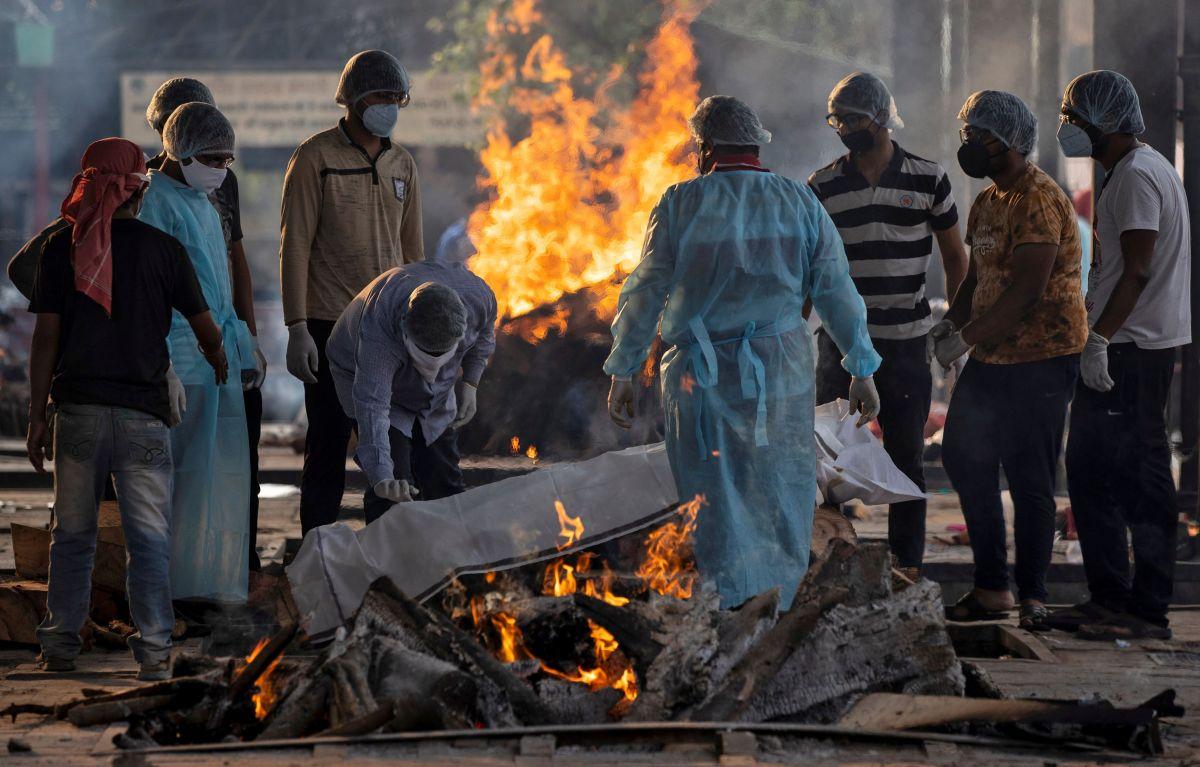 Frames of crematorium furnaces melt amid Covid surge