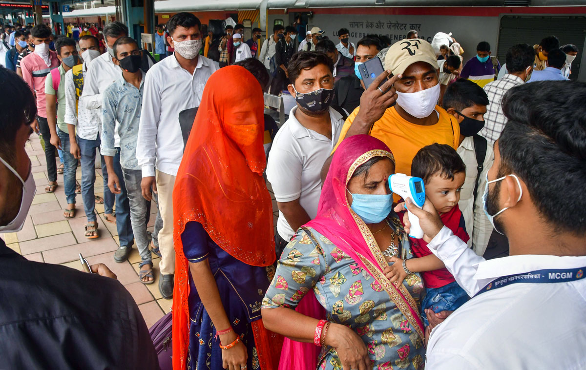 COVID-19: India logs 42,982 new cases, 533 fatalities