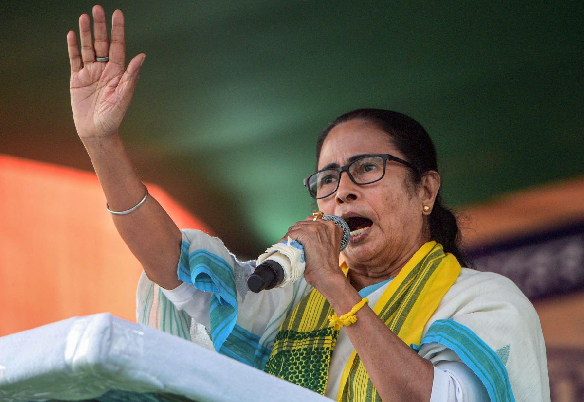First fight Abhishek, then me: Mamata dares Shah