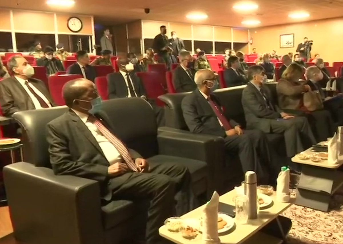 Indian army briefs foreign envoys visiting J-K on role of Pak
