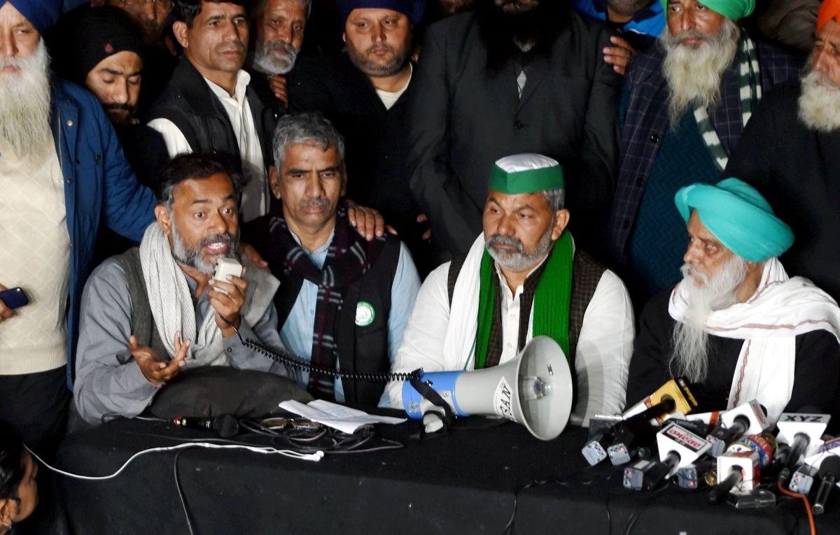 Farmers cancel Parliament march, say govt 'sabotaged' tractor parade -  Rediff.com India News
