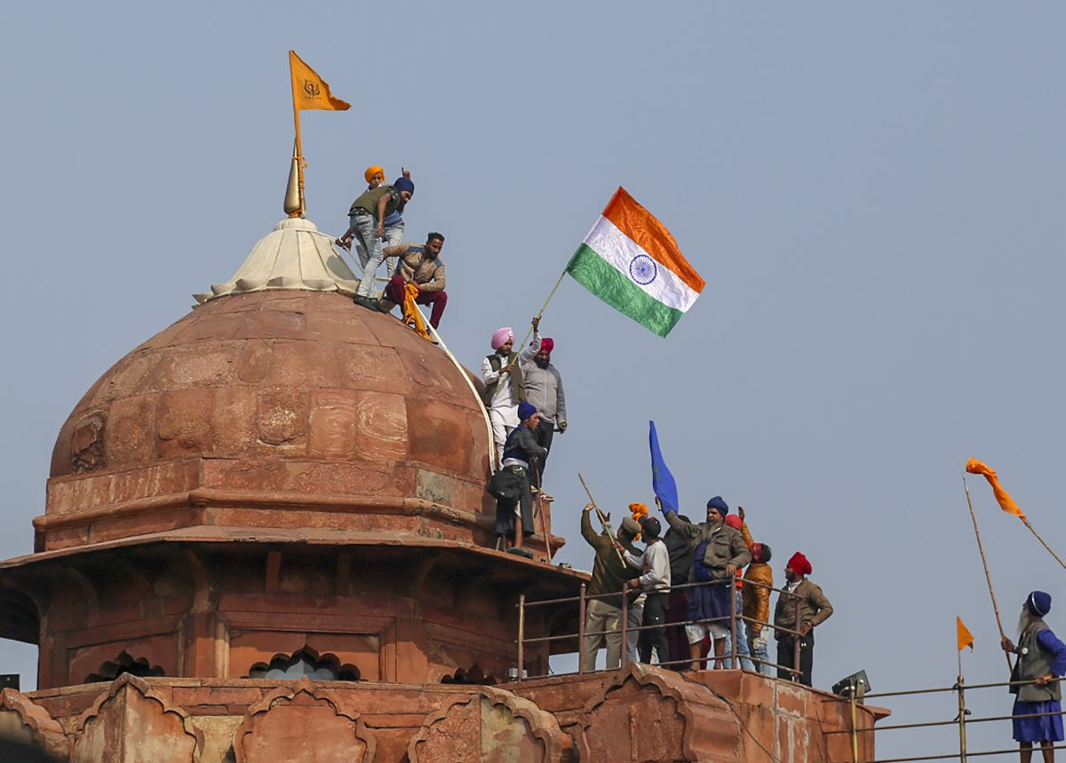 R-Day violence: Man who climbed Red Fort dome held