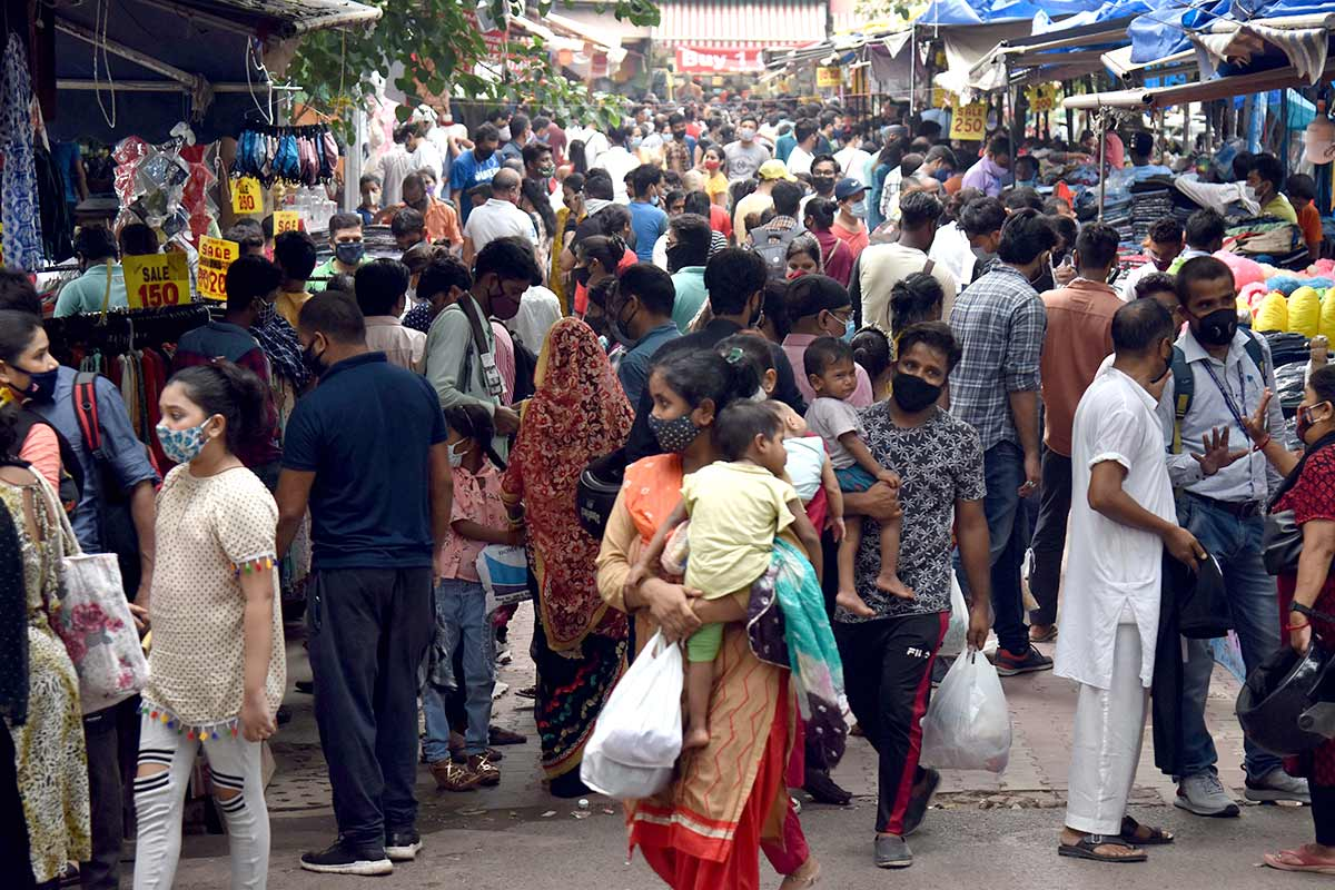 40 cr Indians still vulnerable to Covid: Govt