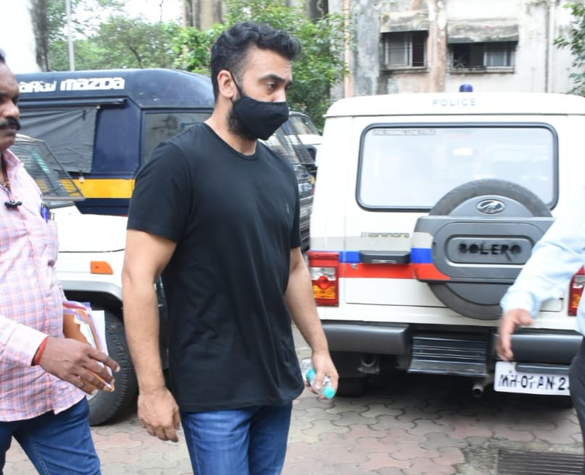 Kundra earned millions selling porn: Chargesheet