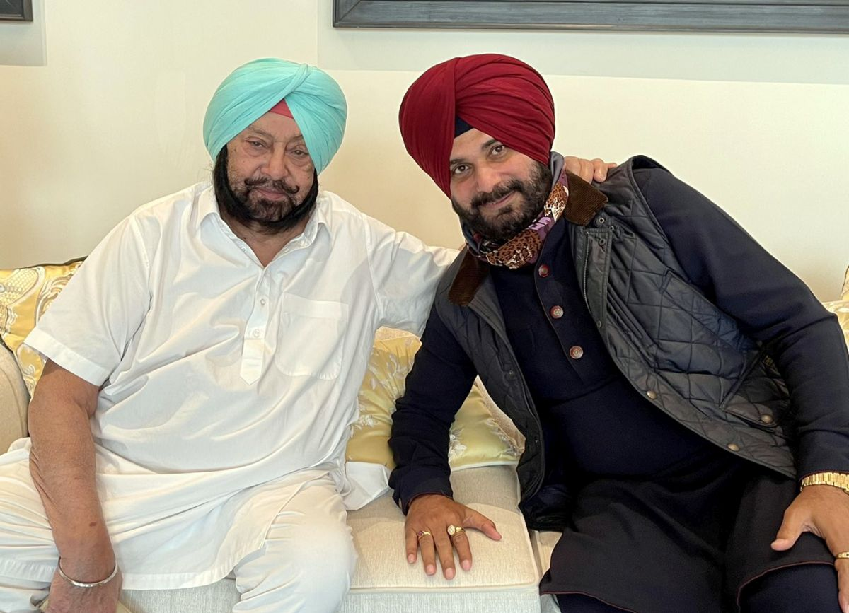 Sidhu is Punjab Cong chief, gets 4 working presidents