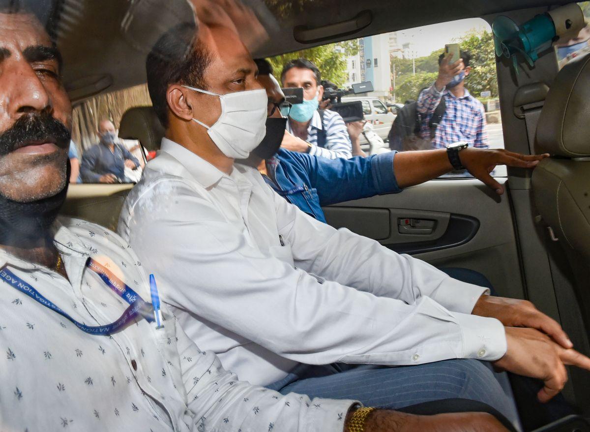 Man outside Ambani home was Sachin Waze: NIA