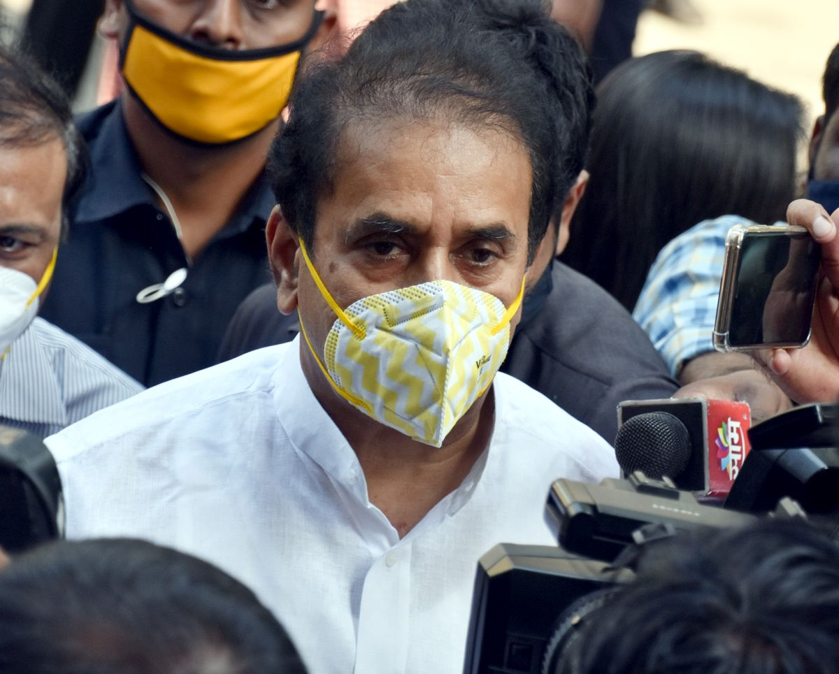 Deshmukh's lawyer held for 'trying to subvert' probe