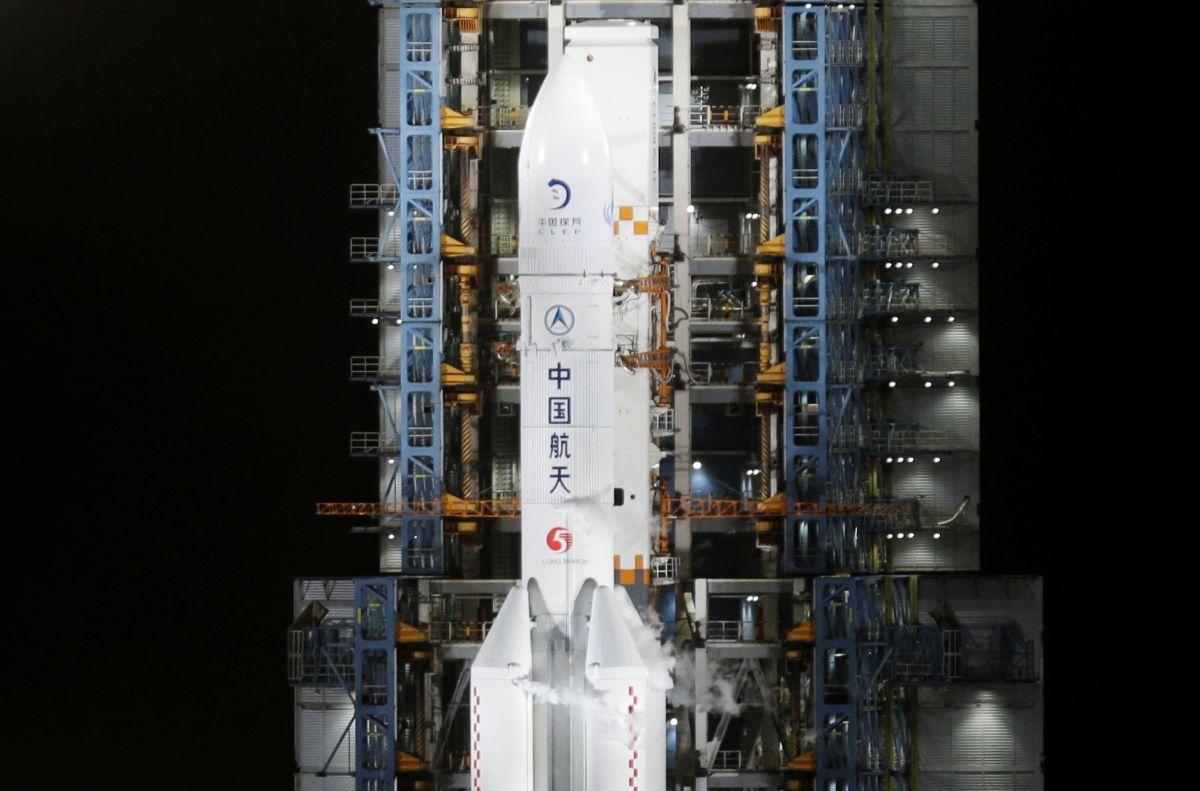 Debris of China's rocket falls into Indian Ocean