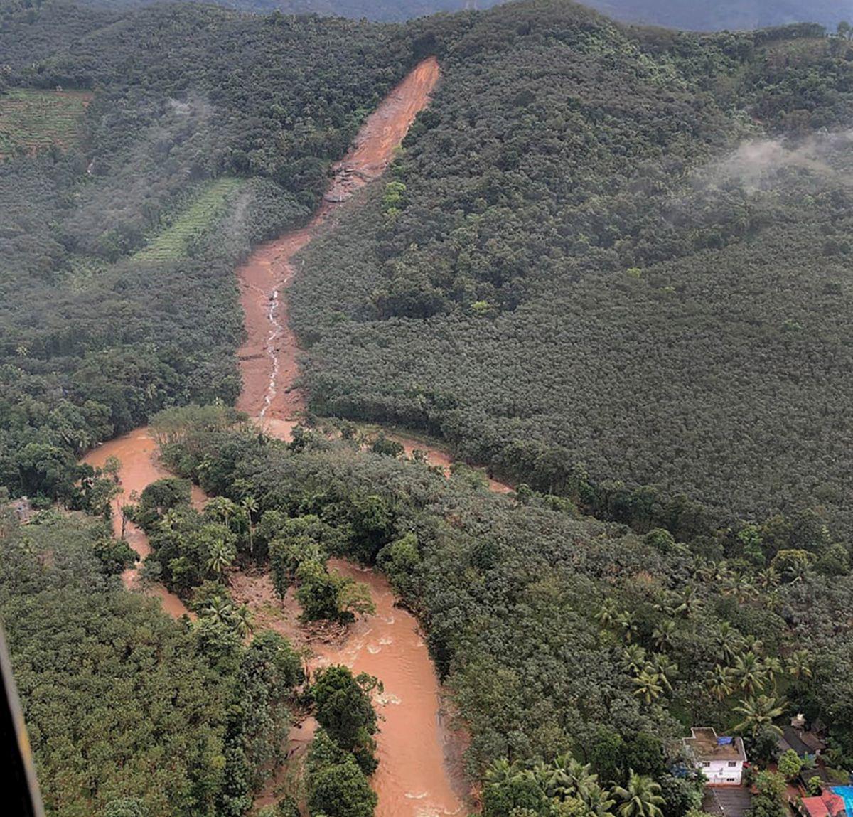 21 dead after Kerala rain triggers floods, landslides