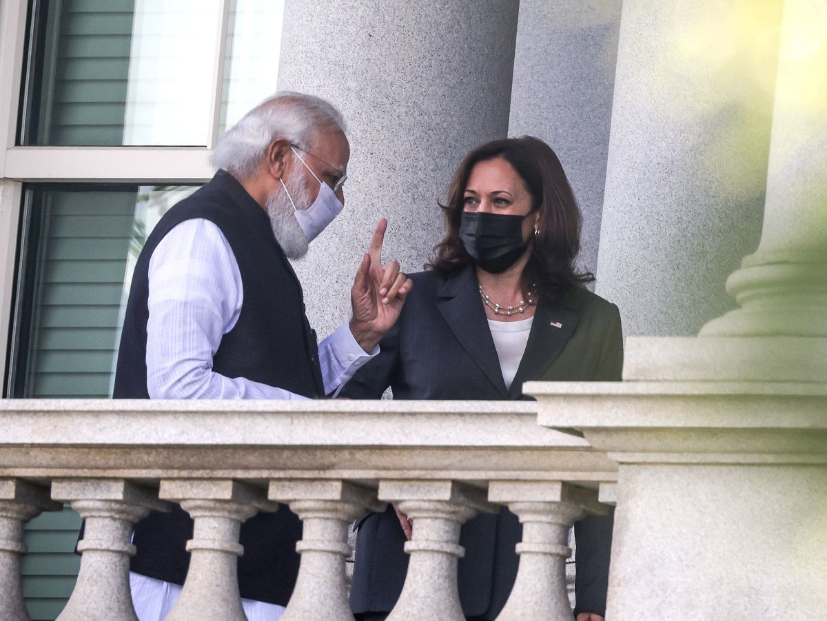 PM thanks Harris for Covid help, invites her to India