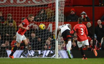 EPL: United thwarted by last-gasp Bent goal for Fulham