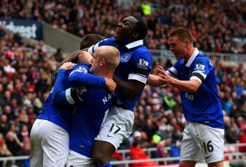 Seventh successive win lifts Everton into top four
