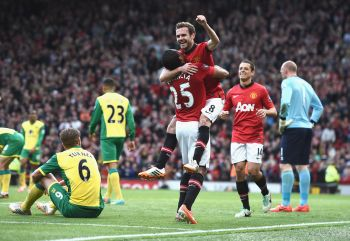 United start life under Giggs by thrashing Norwich