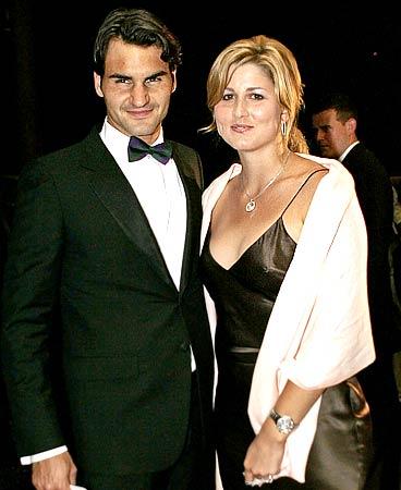 Federer Marries Pregnant Girlfriend Mirka Vavrinec Rediff Com