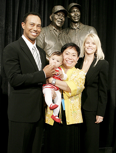Tiger Woods (left) with daughter Sam, mother Kultida and his wife Elin Nordegren in 2008