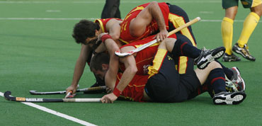 Spanish players celebrates after winning the match